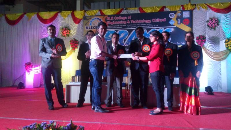 Students of Chemical Engineering Department won the prize in Project Competition at KLE Belgum