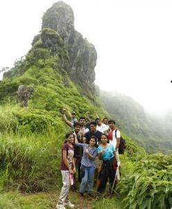 Adventurous-Trek-at-Kamalghad
